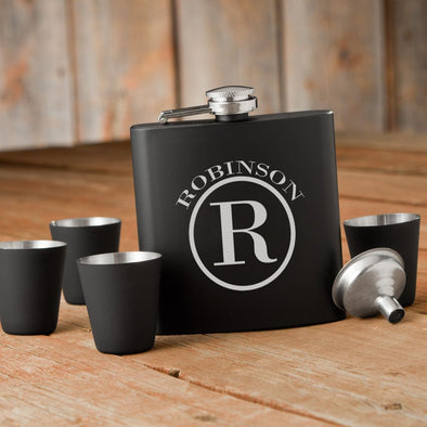 Personalized Black Flask Set -  Flask & 4 Shot Glasses - Circle - JDS