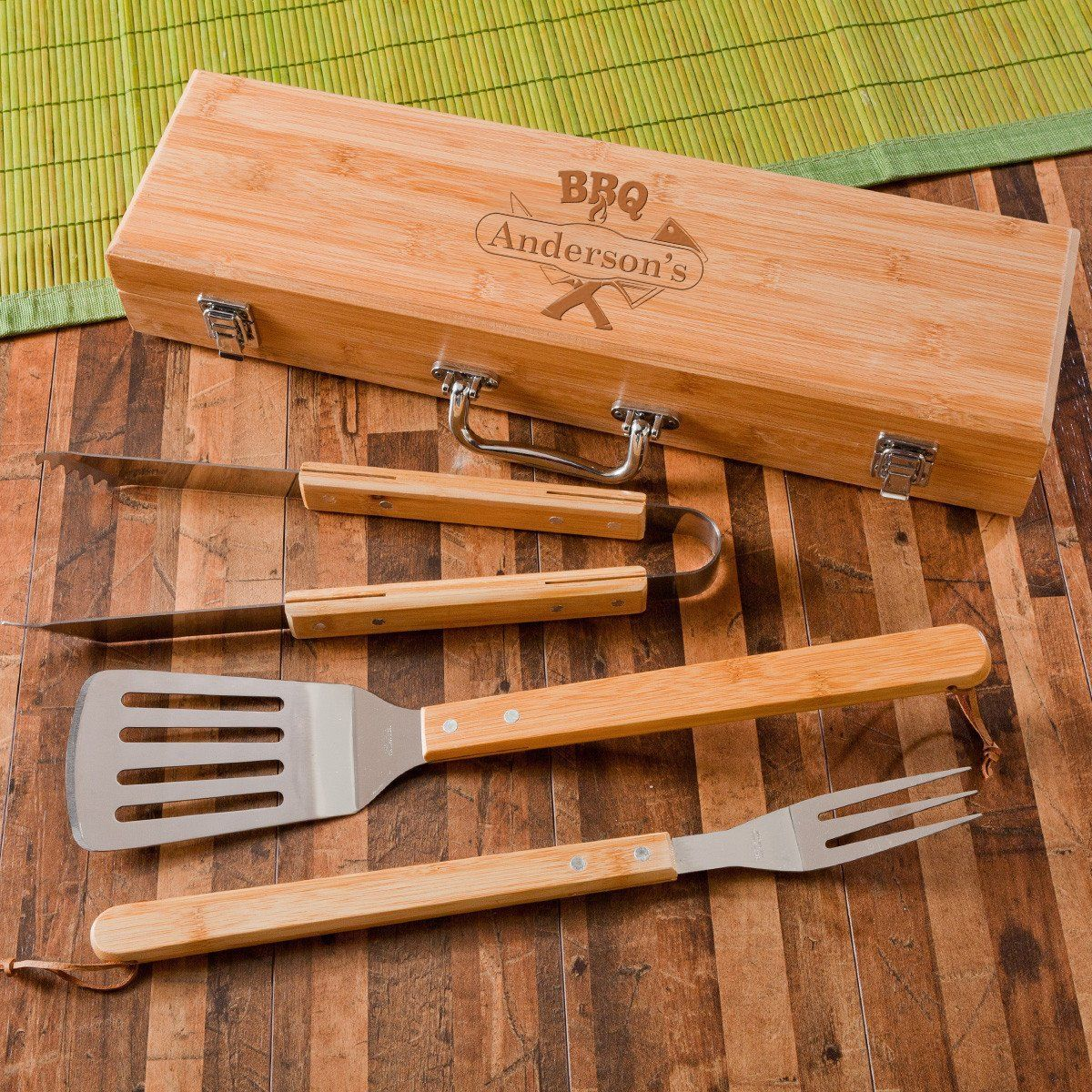 Personalized Grill Set - BBQ Set - Bamboo Case - 6 Designs
