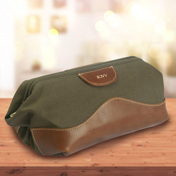 Personalized Forest Green Leather Toiletry Bag - Gold - JDS