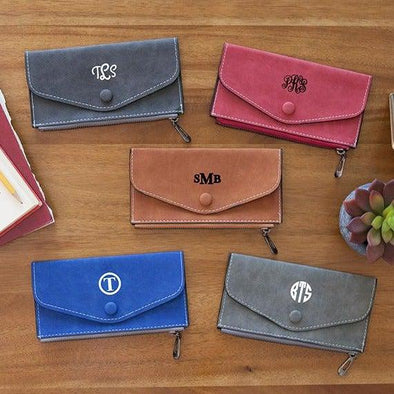 Monogrammed Wallets -  - Qualtry