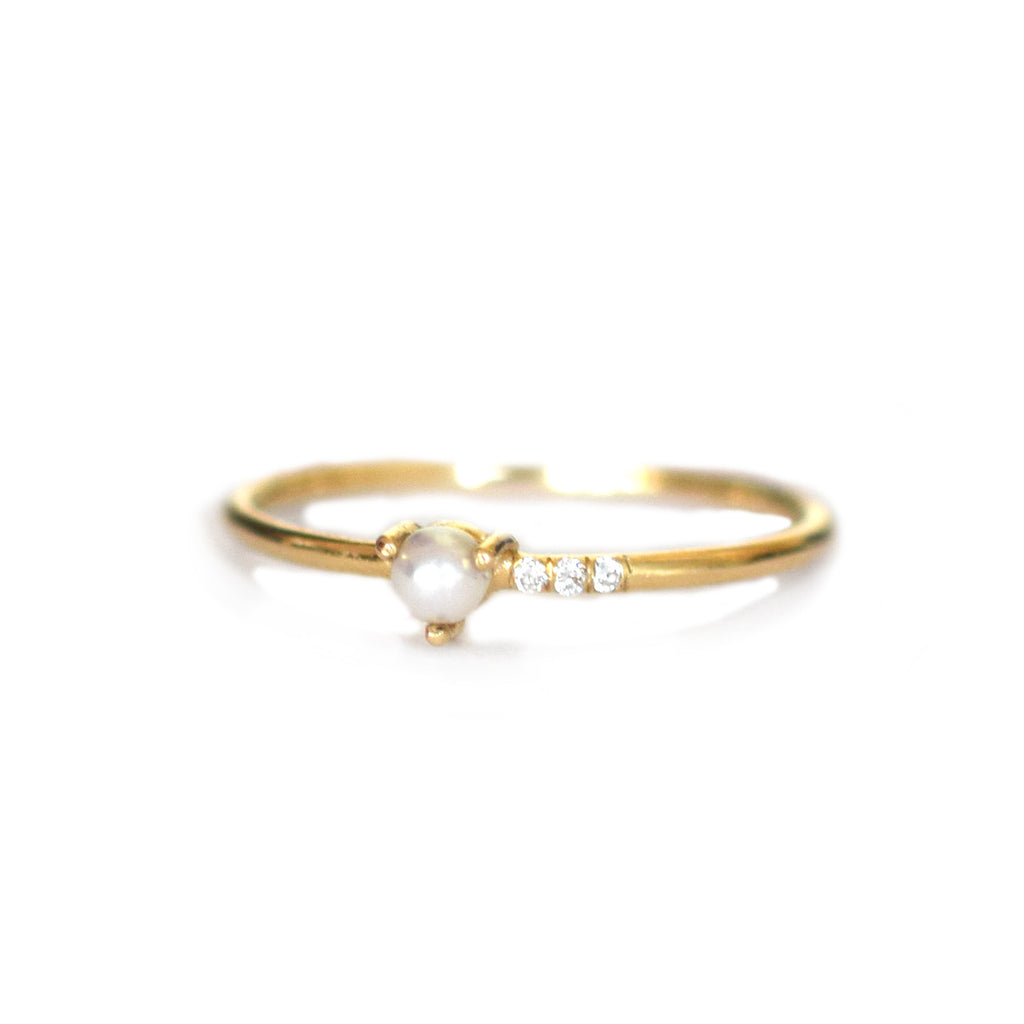 14k Pearl and Diamond Mirage Ring