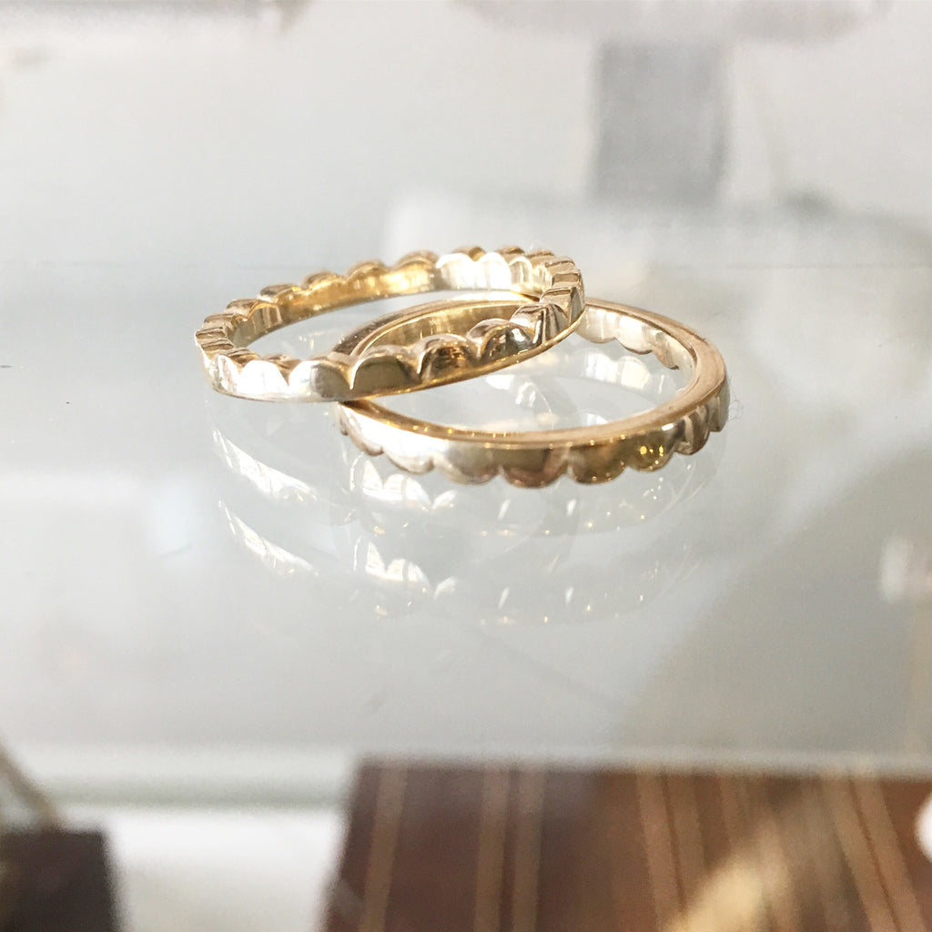 10K Gold Scalloped Ring
