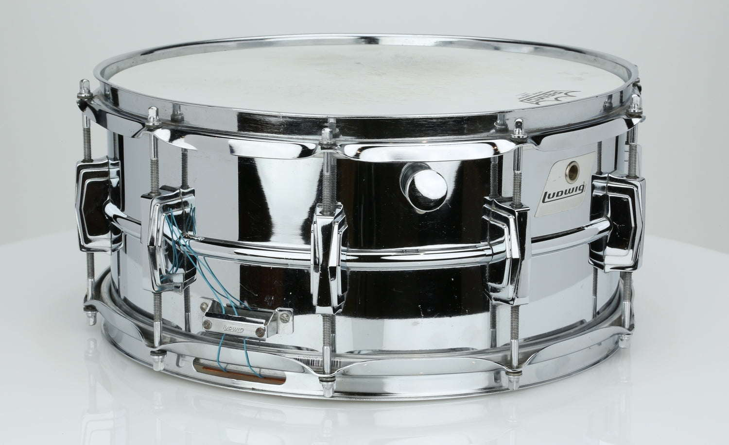 Ludwig 6.5x14 Supraphonic with Silver Badge - Rare