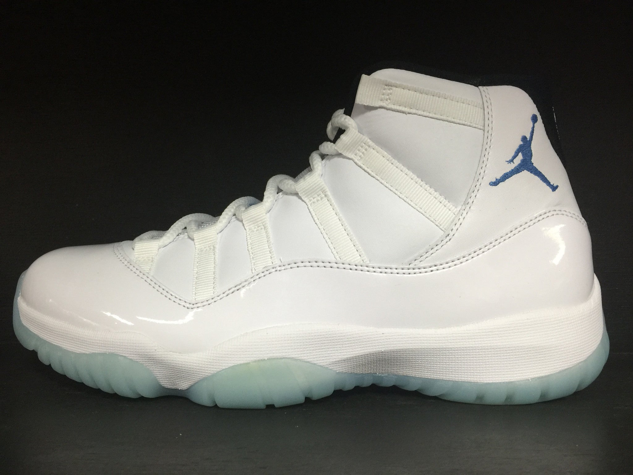 Air Jordan 11 Retro 'Columbia/Legend Blue'