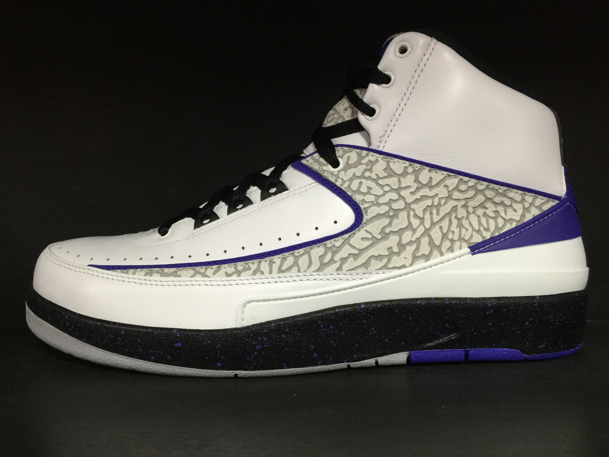 Air Jordan 2 Retro 'Dark Concord'