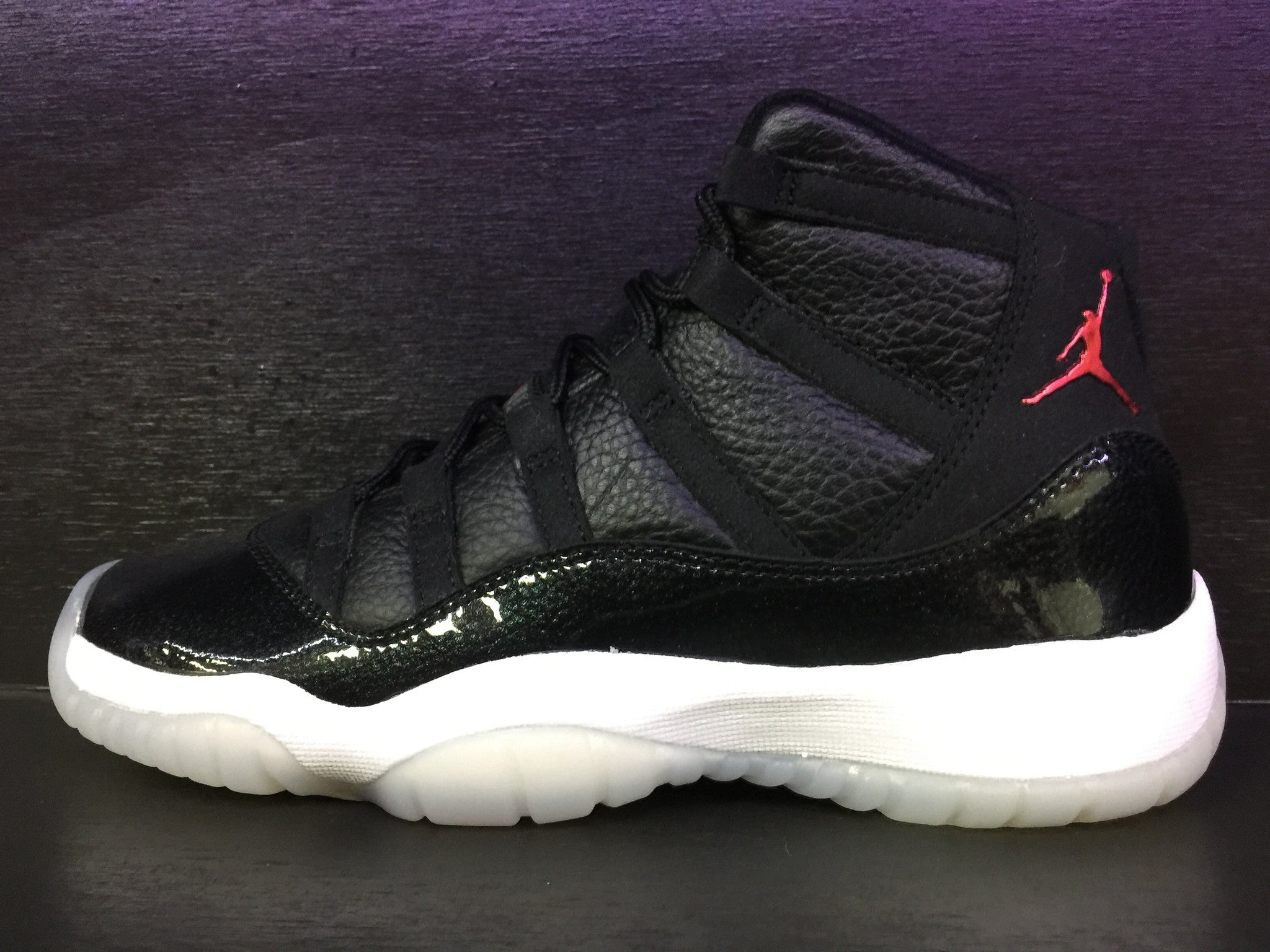 Air Jordan 11 Retro '72-10' Grade School