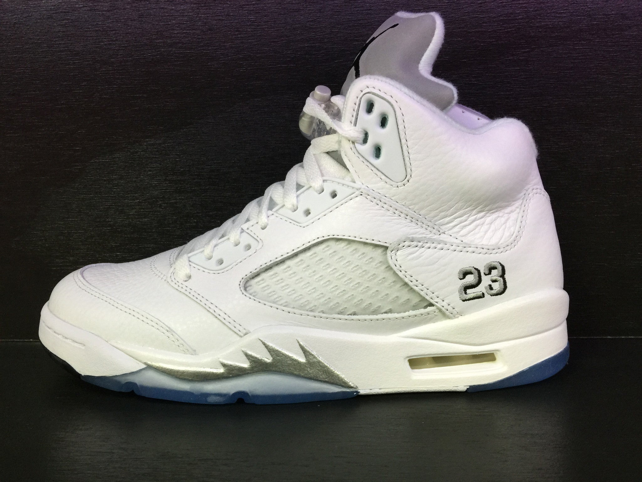 Air Jordan 5 Retro 'Metallic Silver' Remastered
