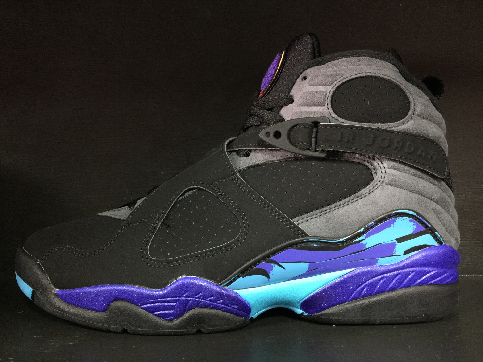 Air Jordan 8 Retro 'Aqua' Remastered
