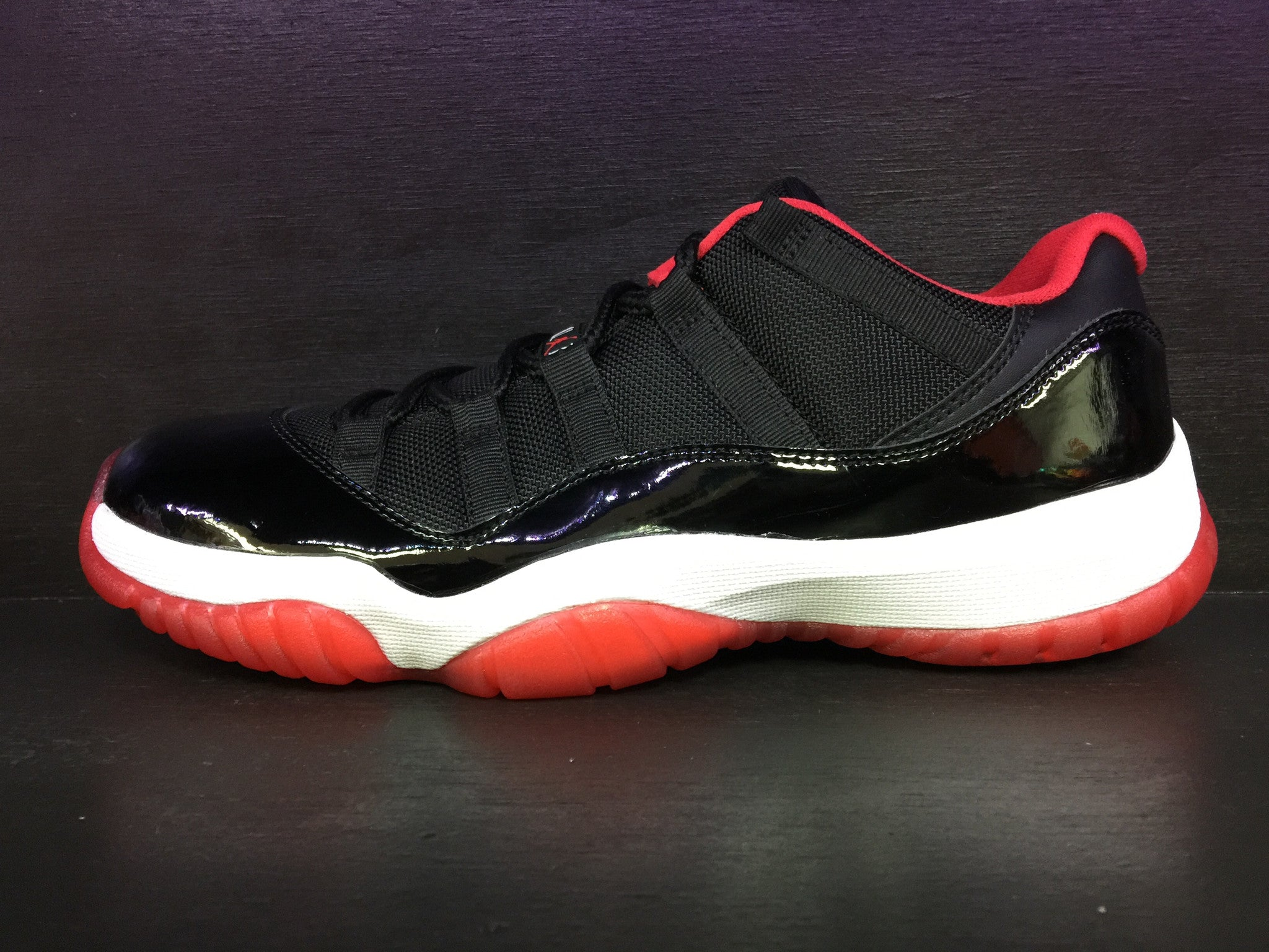 Air Jordan 11 Retro Low 'Bred'