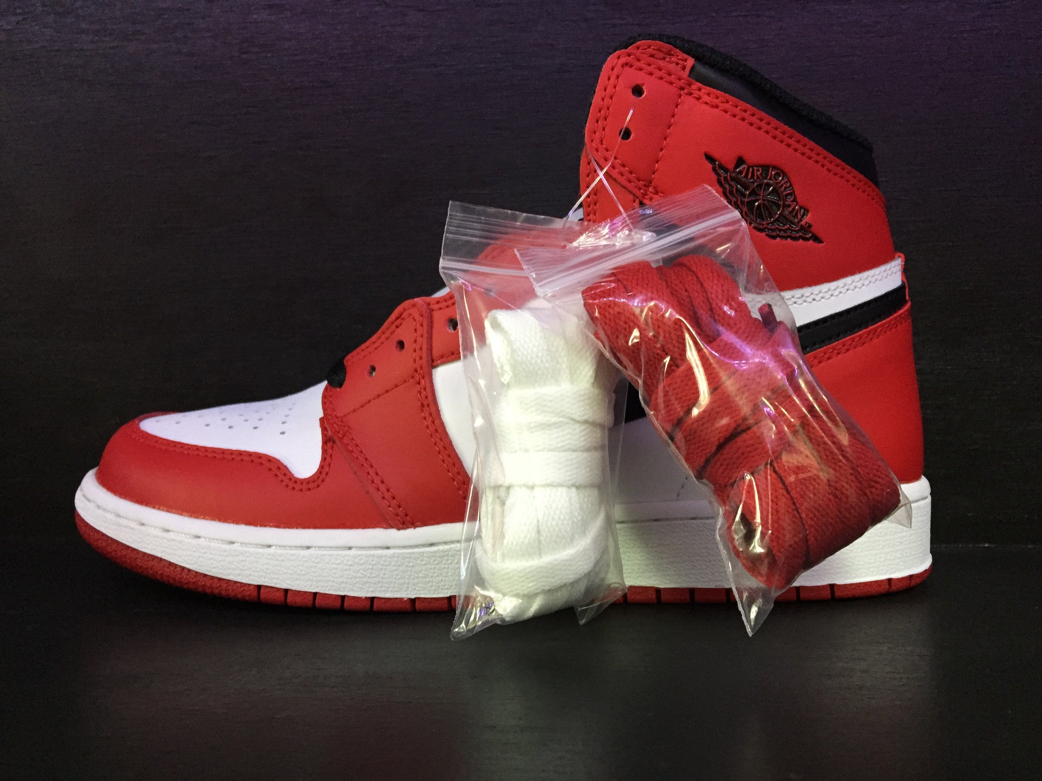 Air Jordan 1 Retro High OG 'Varsity Red' 'Chicago' GS Remastered