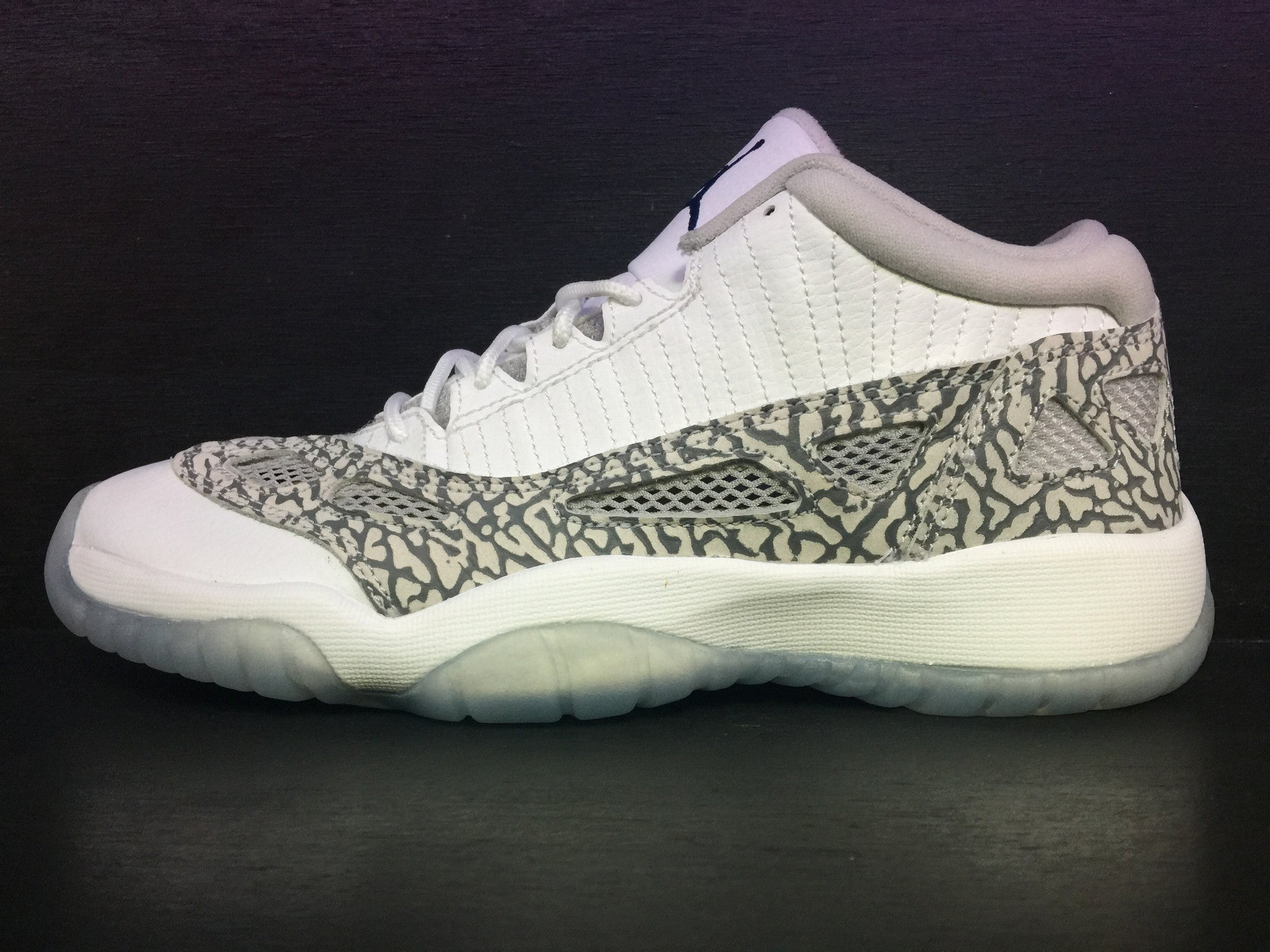 Air Jordan 11 Retro Low BG 'Cobalt'