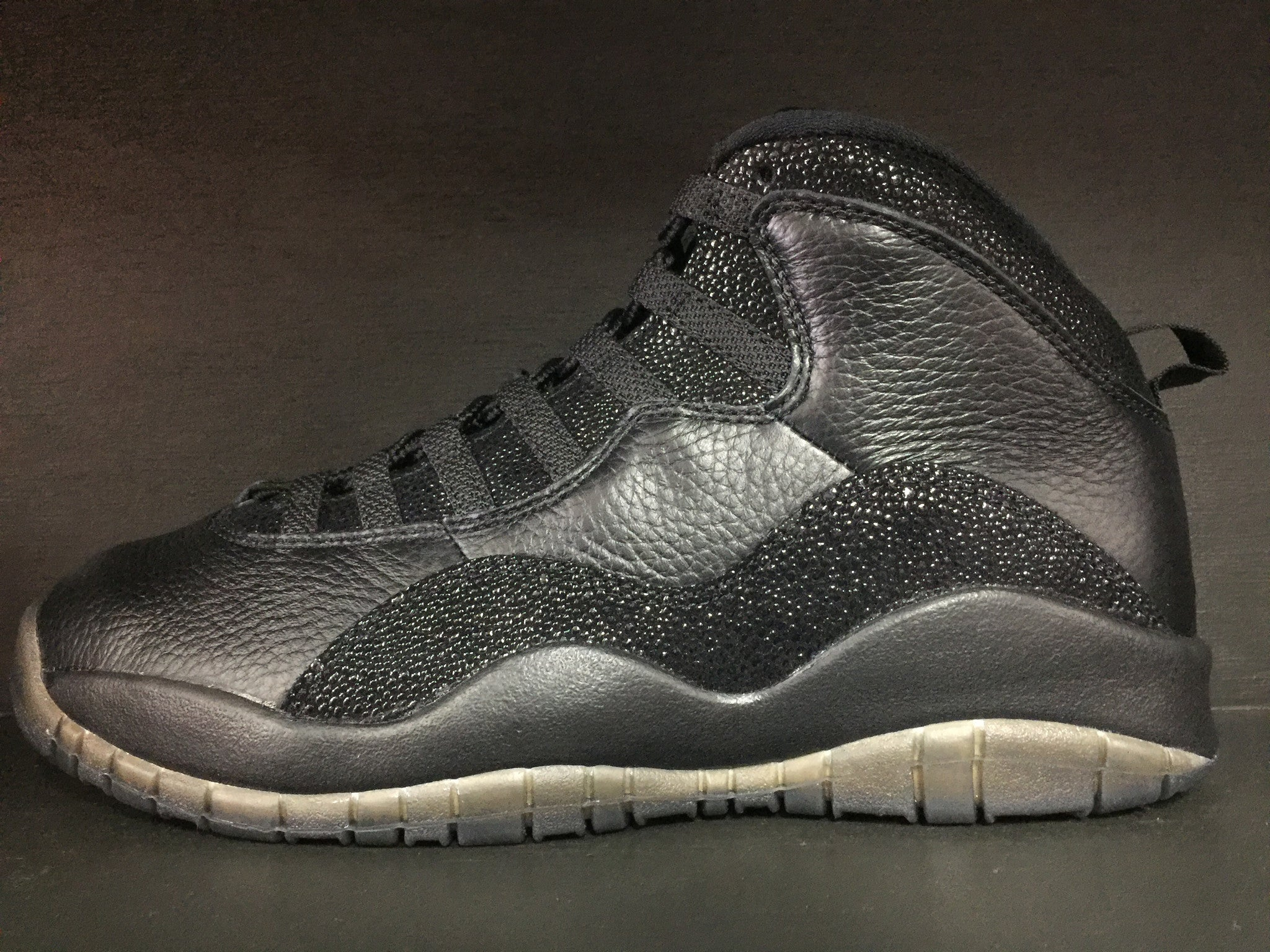 Air Jordan 10 Retro 'OVO' Black