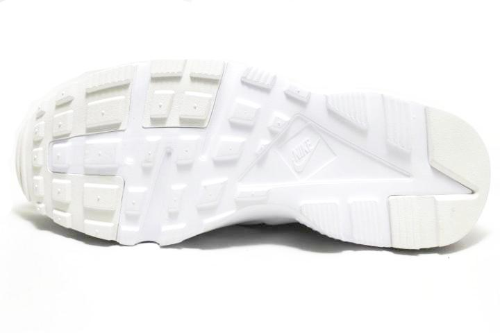 sneaker plugz-Huarache Run Triple white- huarache run gs gradeschool- huarache white- nike huarache- nike huarache for sale- nike huarache for sell- platinum white huaraches-4