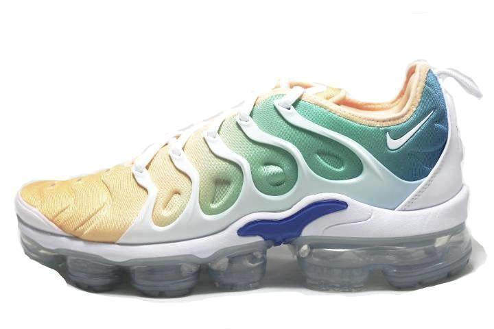 SNEAKER PLUGZ-Nike Air VaporMax Plus Light Menta for sell- Nike VaporMax Plus Light Menta- nike VaporMax Plus Womens- VaporMax Plus Light Menta for sale- VaporMax Plus Light Menta -womens-main