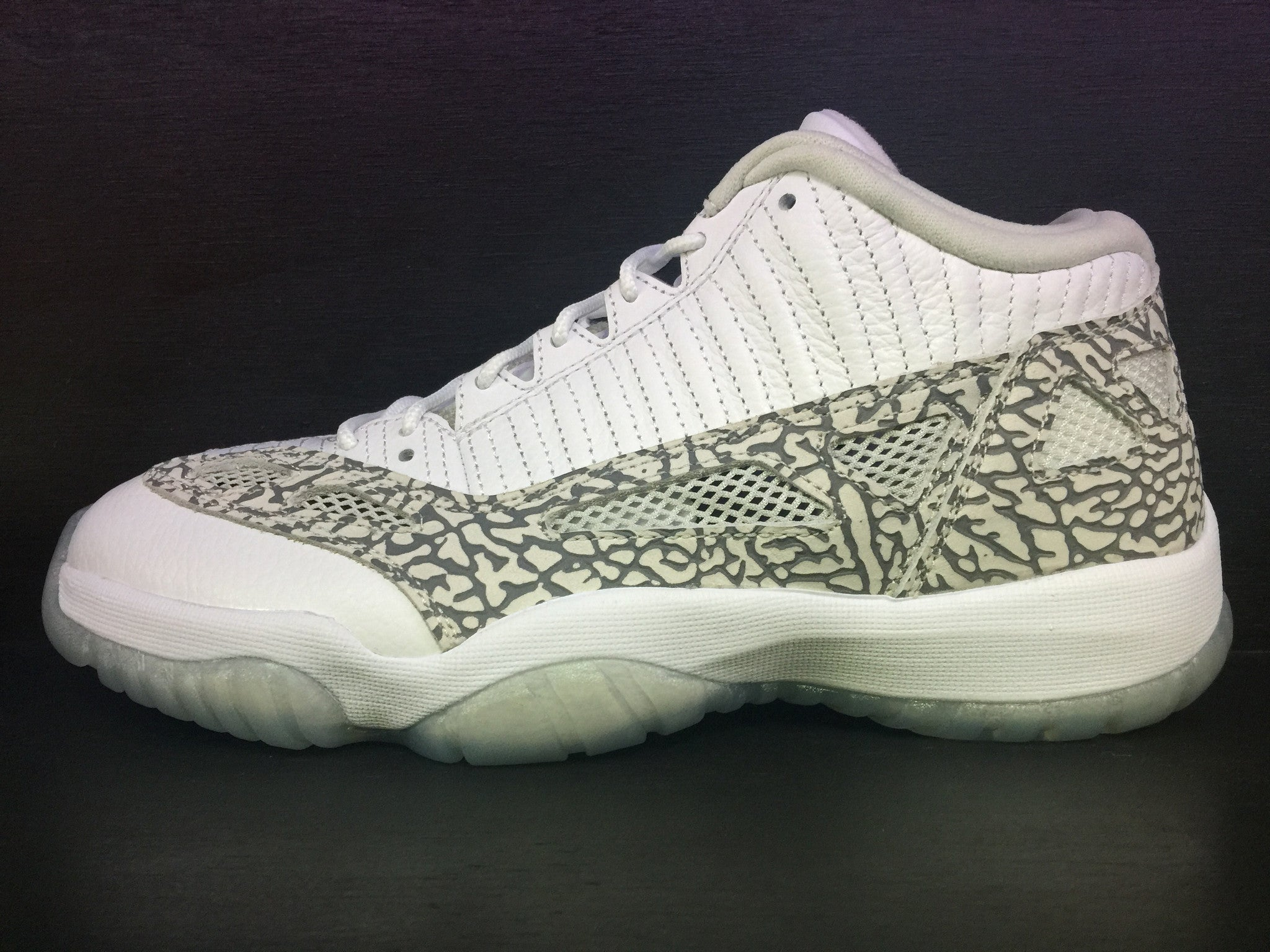 Air Jordan 11 Low Retro IE 'Cobalt'