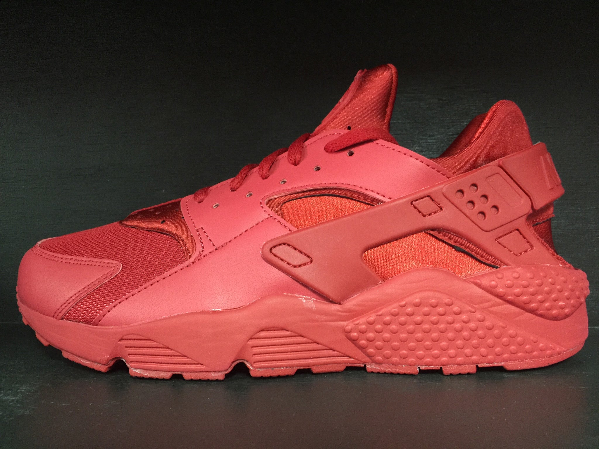 Nike Air Huarache 'All Red'