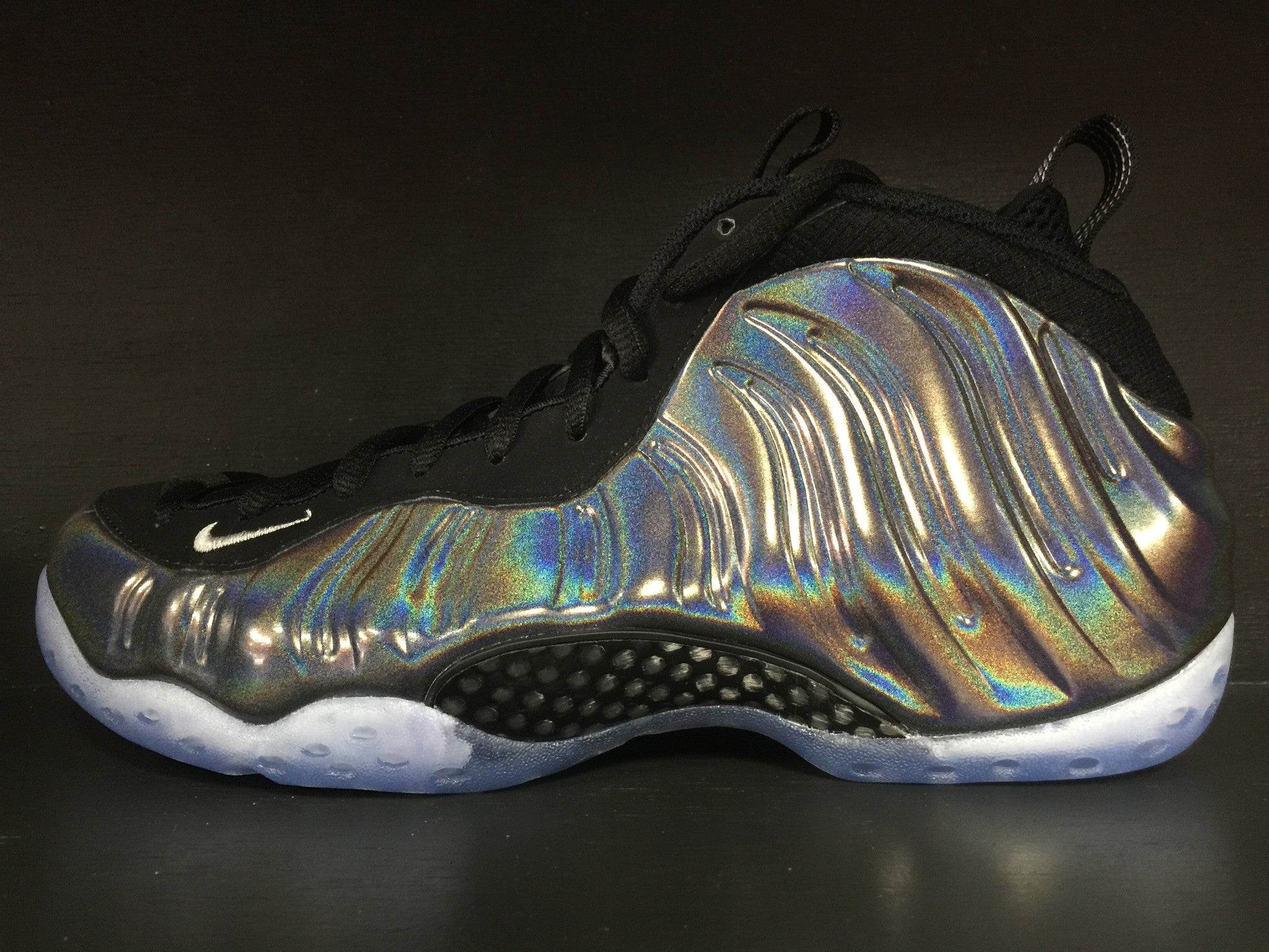 Nike Air Foamposite One 'Hologram'
