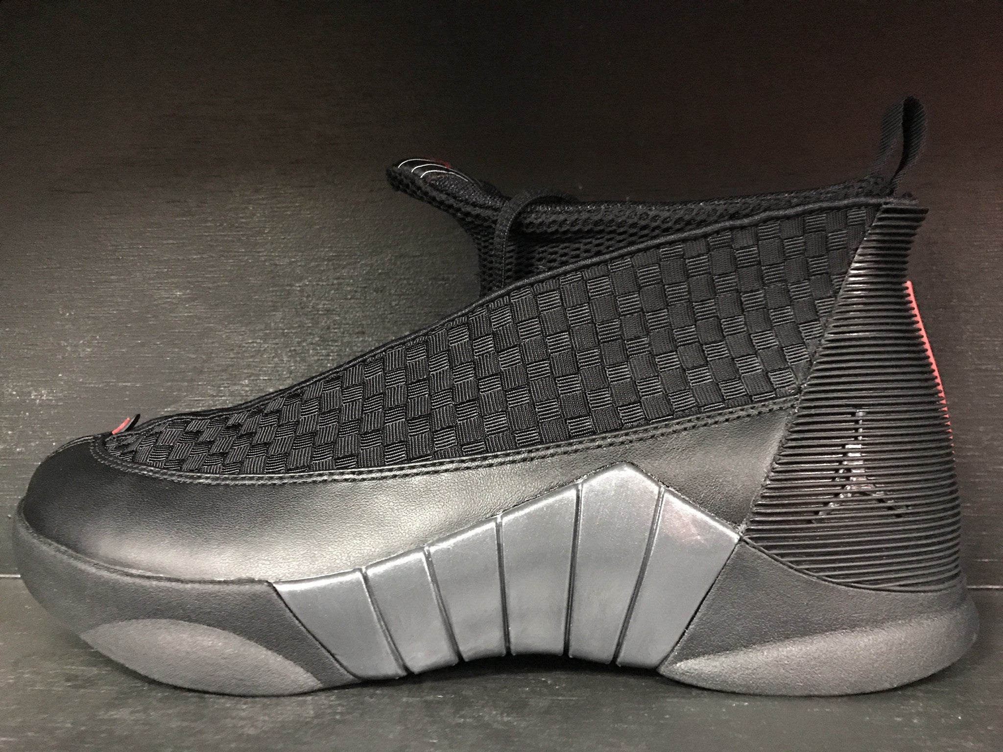 Air Jordan 15 Retro 'Stealth'