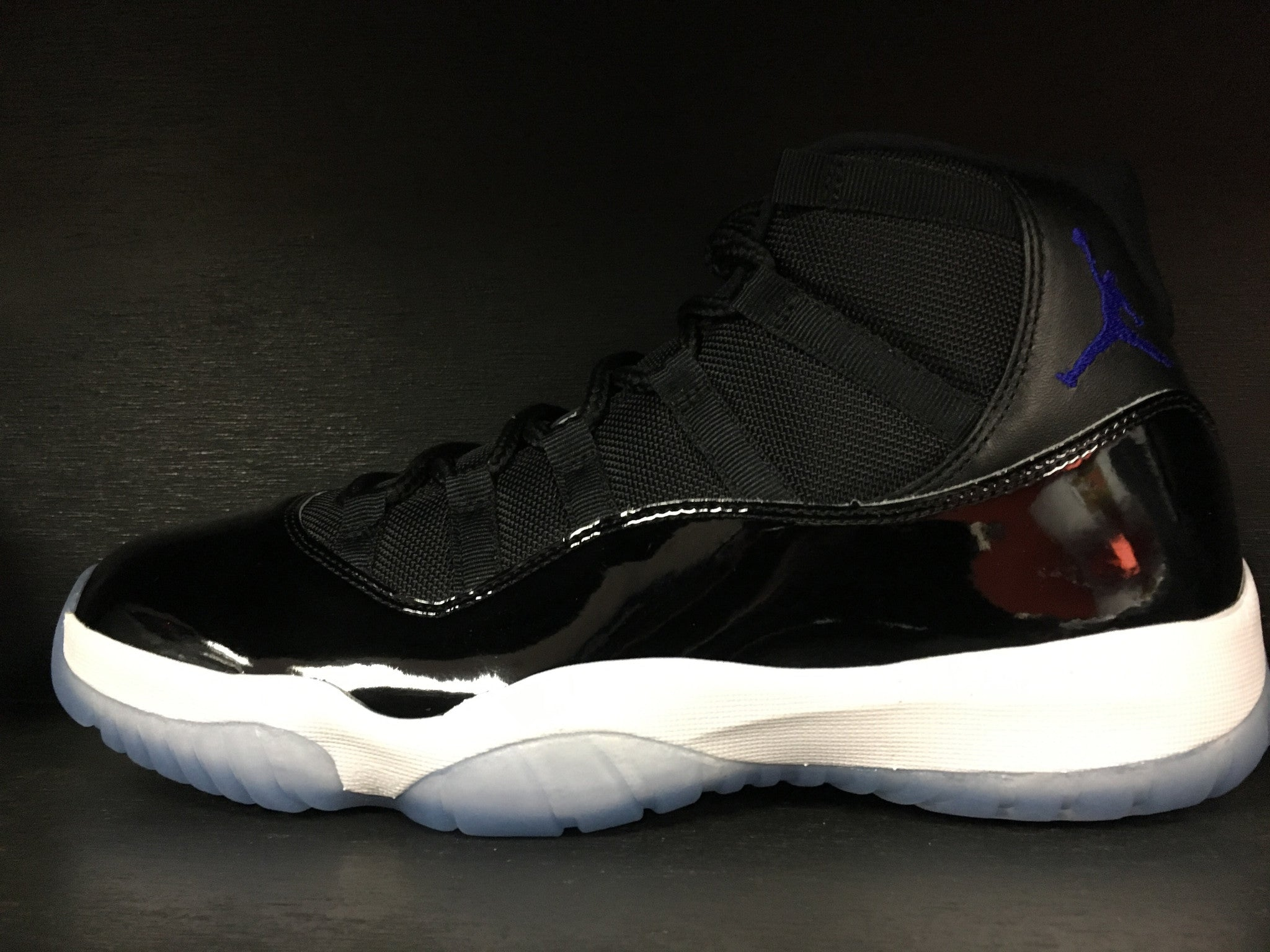 Air Jordan 11 Retro 'Space Jam' 2016