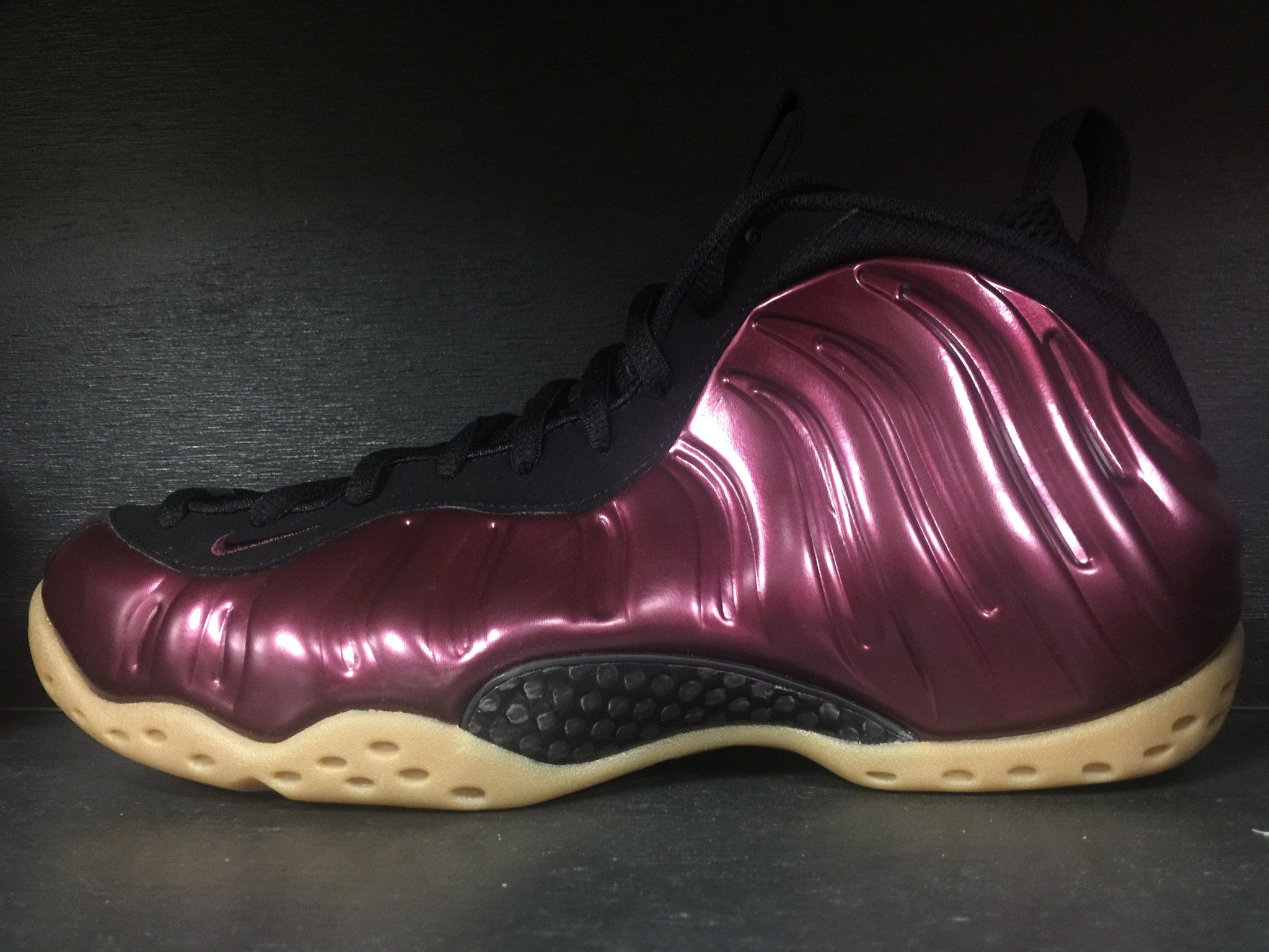 Nike Air Foamposite One 'Maroon'