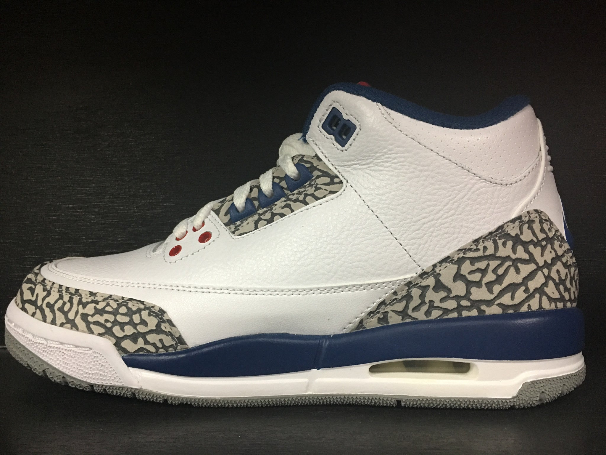 Air Jordan 3 Retro 'True Blue' Grade School