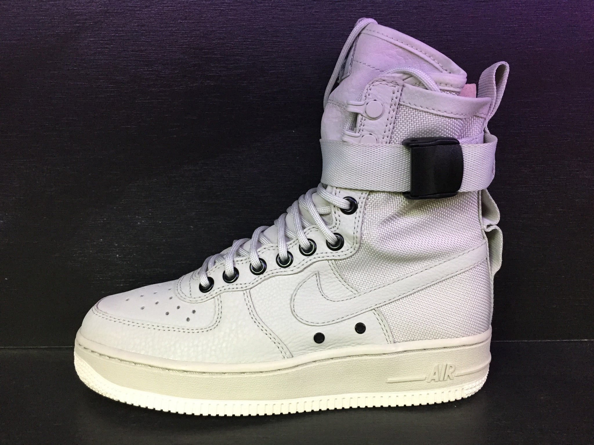 Special Field Air Force 1 'Light Bone' Woman's