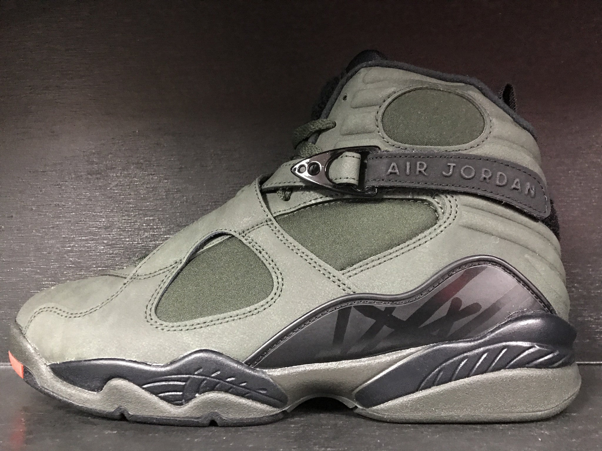 Air Jordan 8 Retro 'Take Flight'