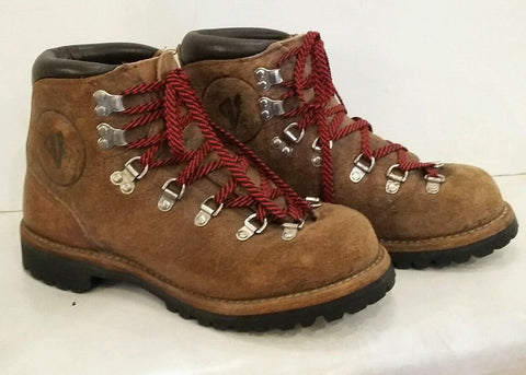 Vintage Vasque Red Lace HIKING BOOTS Suede Leather Mountaineering USA Shoes 8 Vibram