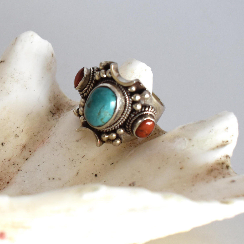 silver ring with turquoise and coral stone