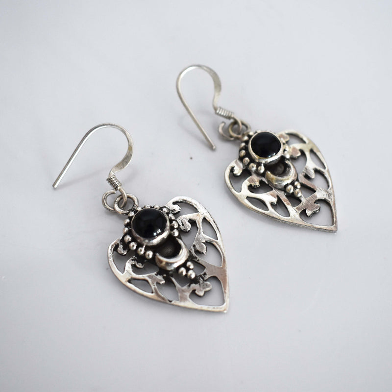 Onyx arrow head silver drop earrings - Mandara bags