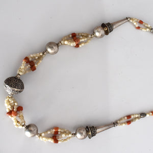 Coral and pearl beaded necklace - Mandara bags