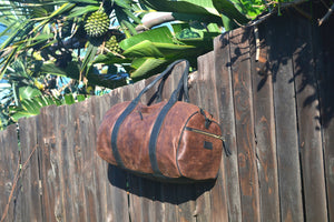 Two tone brown and black Rio leather duffelbag - Mandara bags