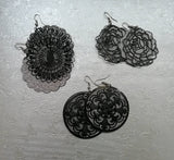 Cut out detail Earrings
