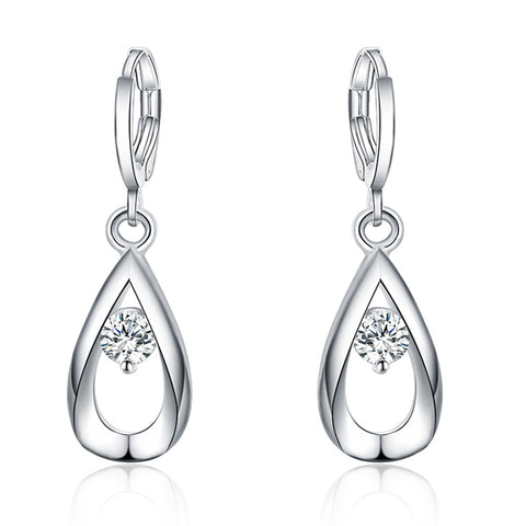 Gorgeous ladies 925 Sterling Silver Filled Crystal dangle earrings