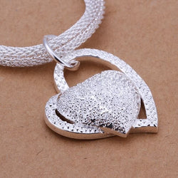 Stunning Sterling Silver Filled ladies mesh style necklace with Heart pendant