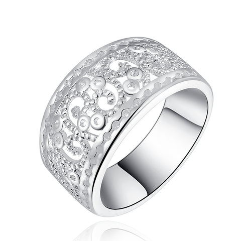 New 925 Sterling Silver filled Chunky filigree design ladies ring with high detail work. Stunning