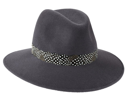 Luxury wide brimmed fedora hat for women in elephant grey fur felt with feather band