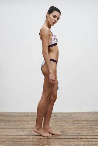 'En Pointe' Reversible bikini briefs in 'Maroon Marble'