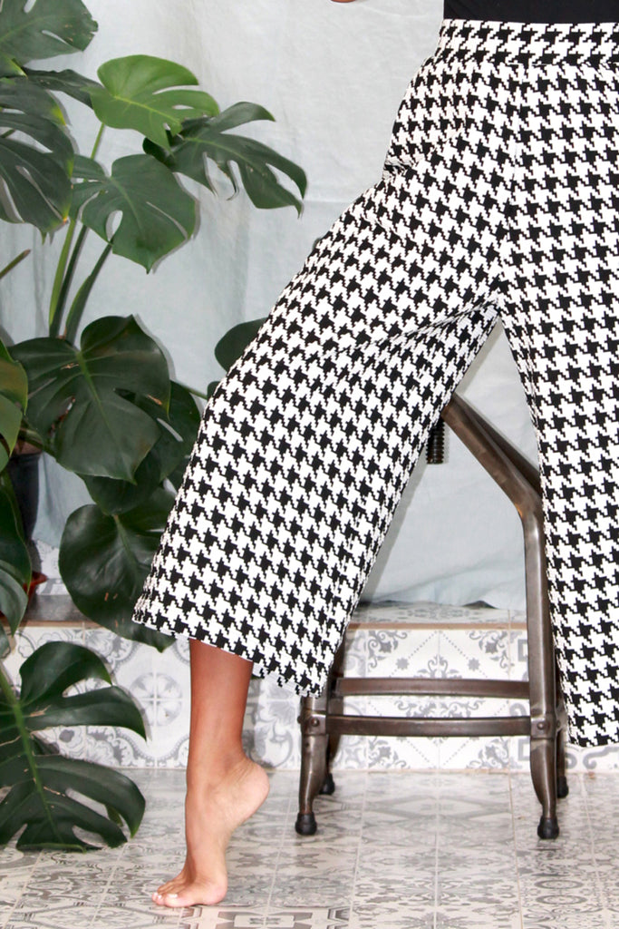 'Orchis' trouser in 'Houndstooth'