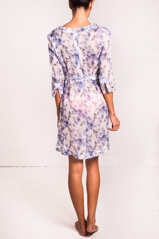 'Jasminum' short silk-chiffon kaftan in 'Bees & Leaves'