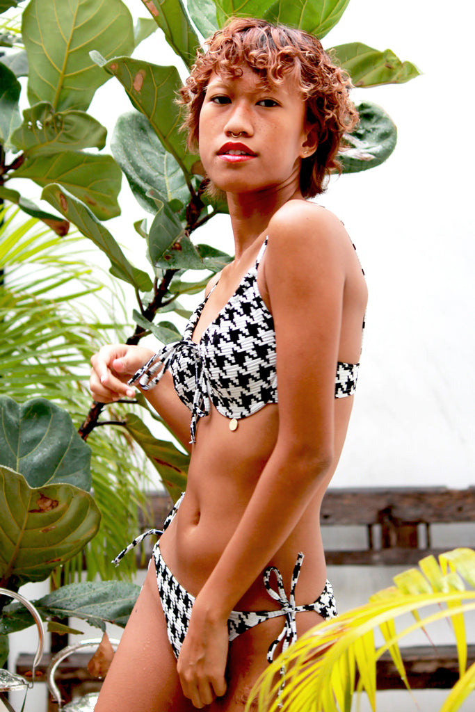 'Zanelle' tie-side bikini bottoms in 'Houndstooth'