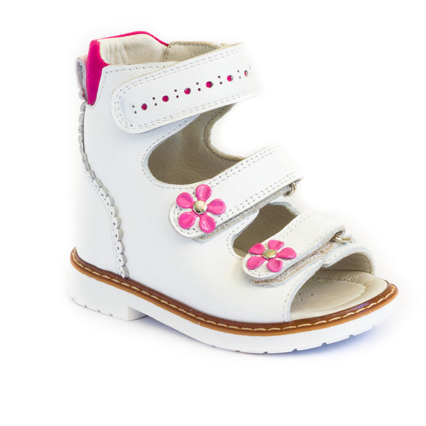 Hero image for NIÑA FLORETS low cut in pink and white