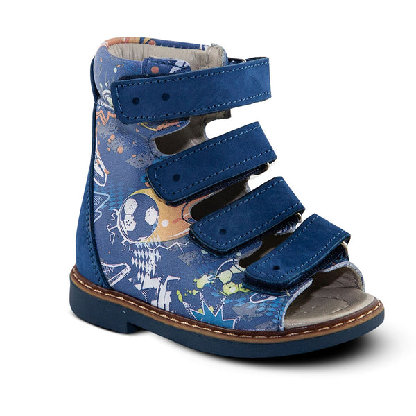 Hero Image for ATHLETIC AXL navy high-top sandals