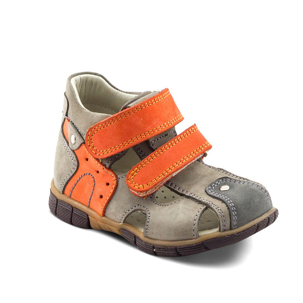 Hero Image for AIDAN PIONEER sport sandals with arch support
