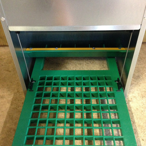 Treadle Feeder 20kg Annie Hall S Poultry
