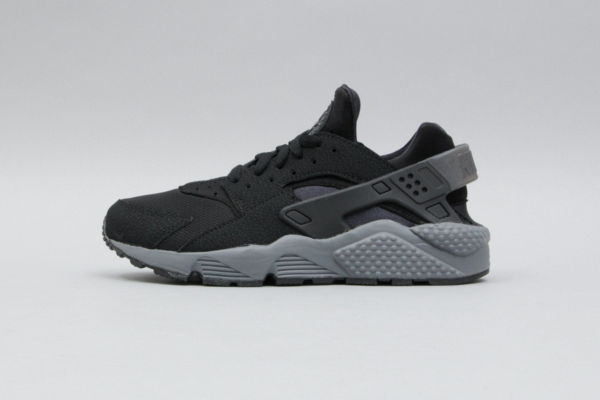 super cute 500e0 3b5b0 Best Nike Air Huarache All Black