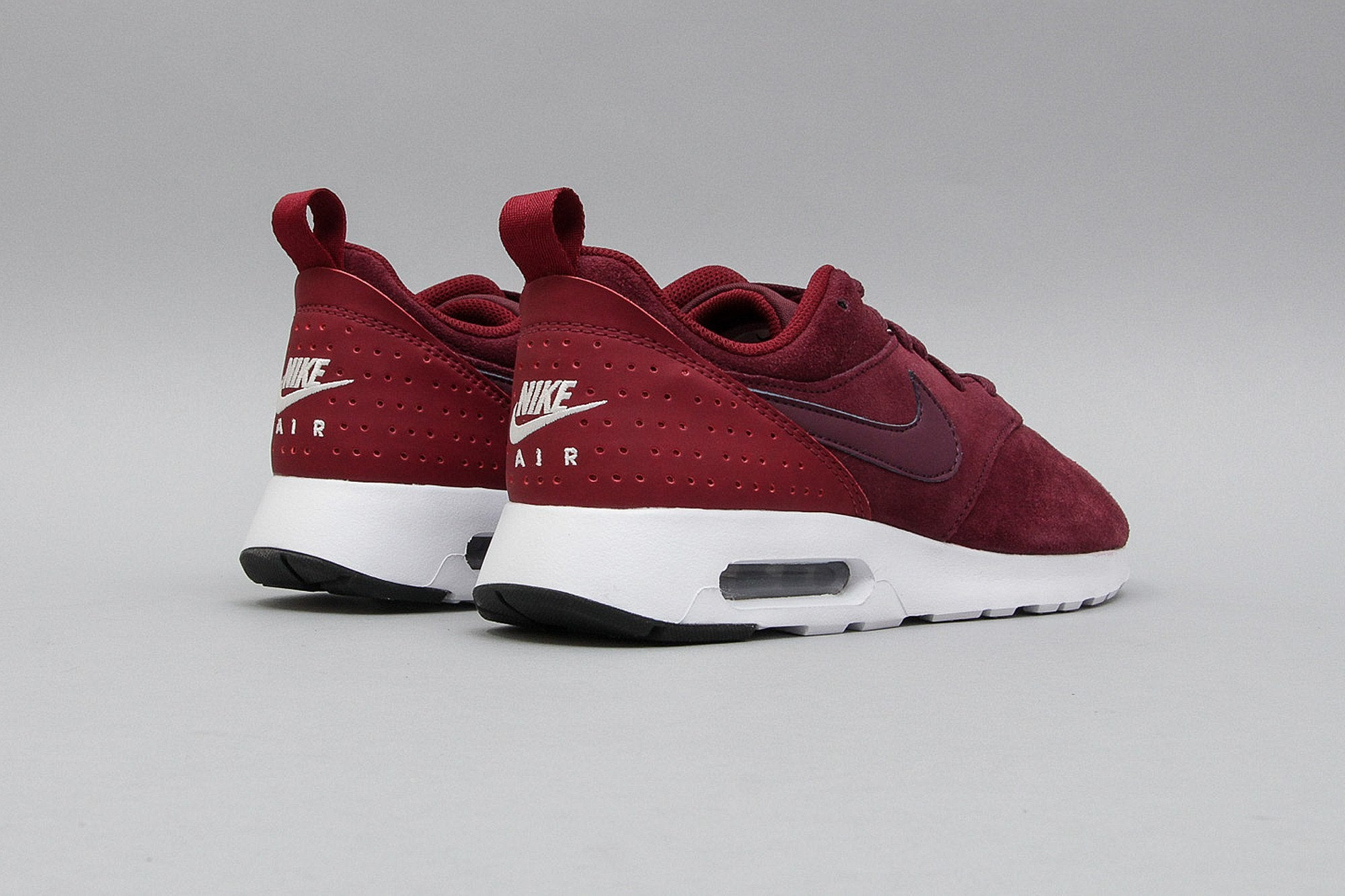 Nike Air Max Tavas Leather Red