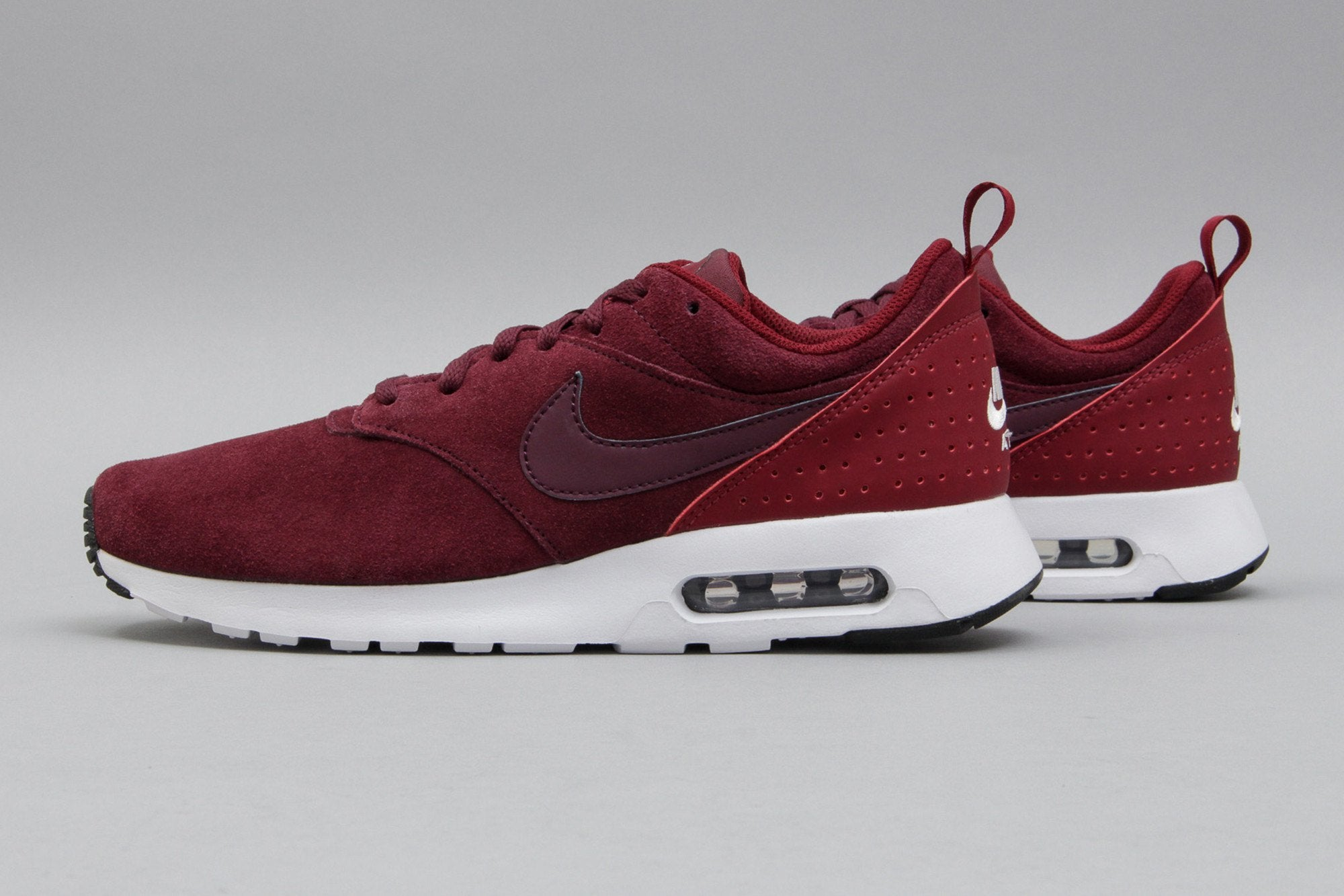 low priced 24993 b68ed nike air max tavas burgundy suede