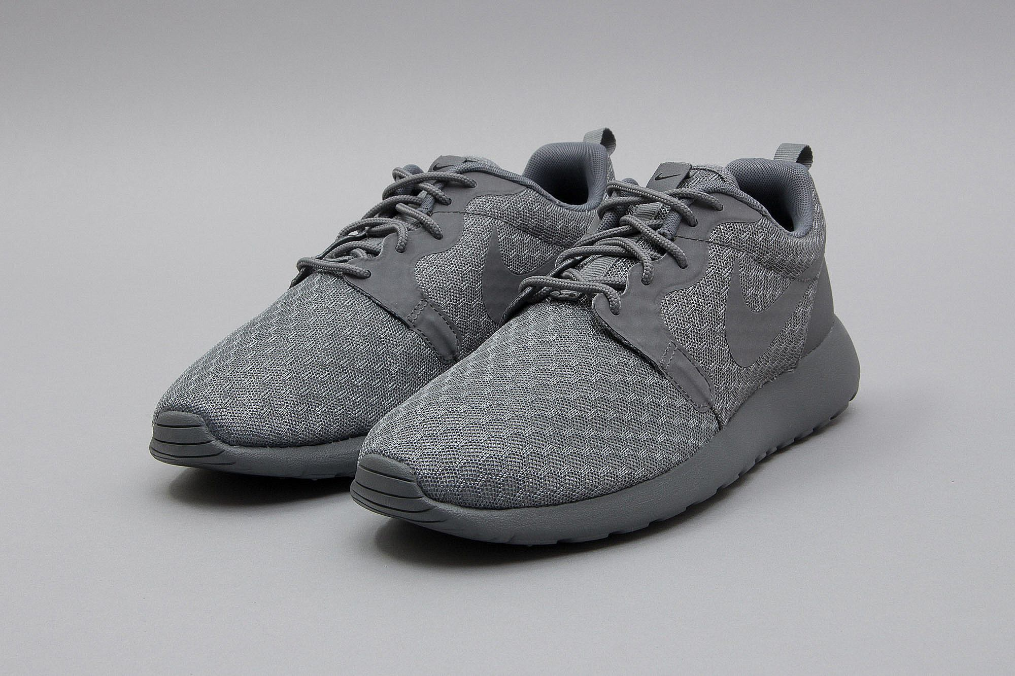 free shipping 1a2c5 f6608 ... spain nike roshe one hyperfuse triple black 72a1e 44d45 . ...