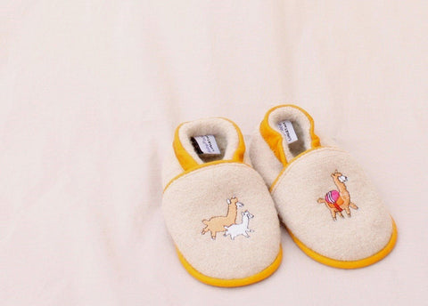 Alpaquitas Baby Shoes Kids Alpaca Clothing LNT Medium Fawn